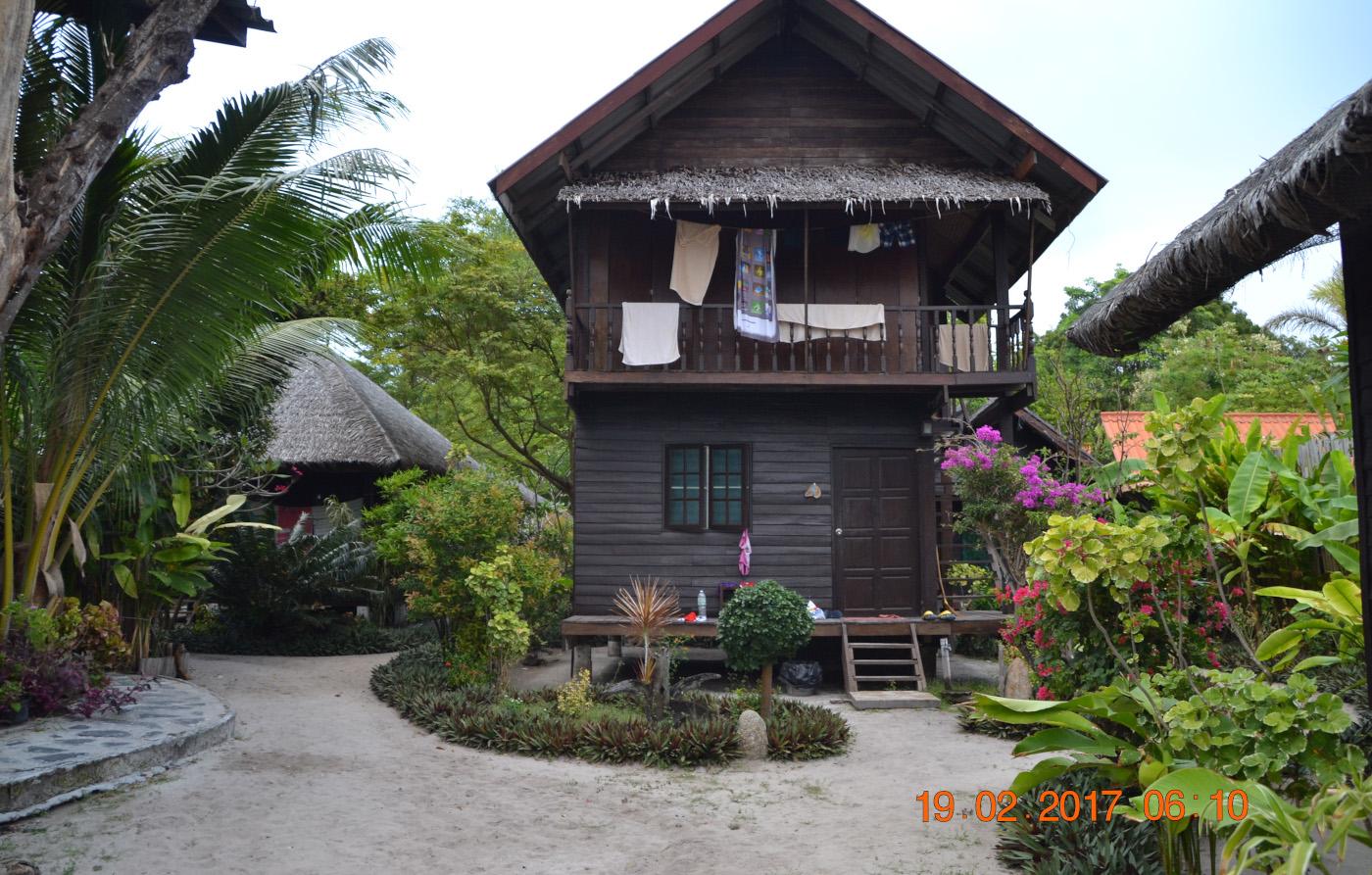 Фото 15. Домик в эко-отеле «Blue Tribes» на острове Ко Липе. Где найти жилье при отдыхе самостоятельно в Таиланде. 1/125, 5.6, 360, 55.