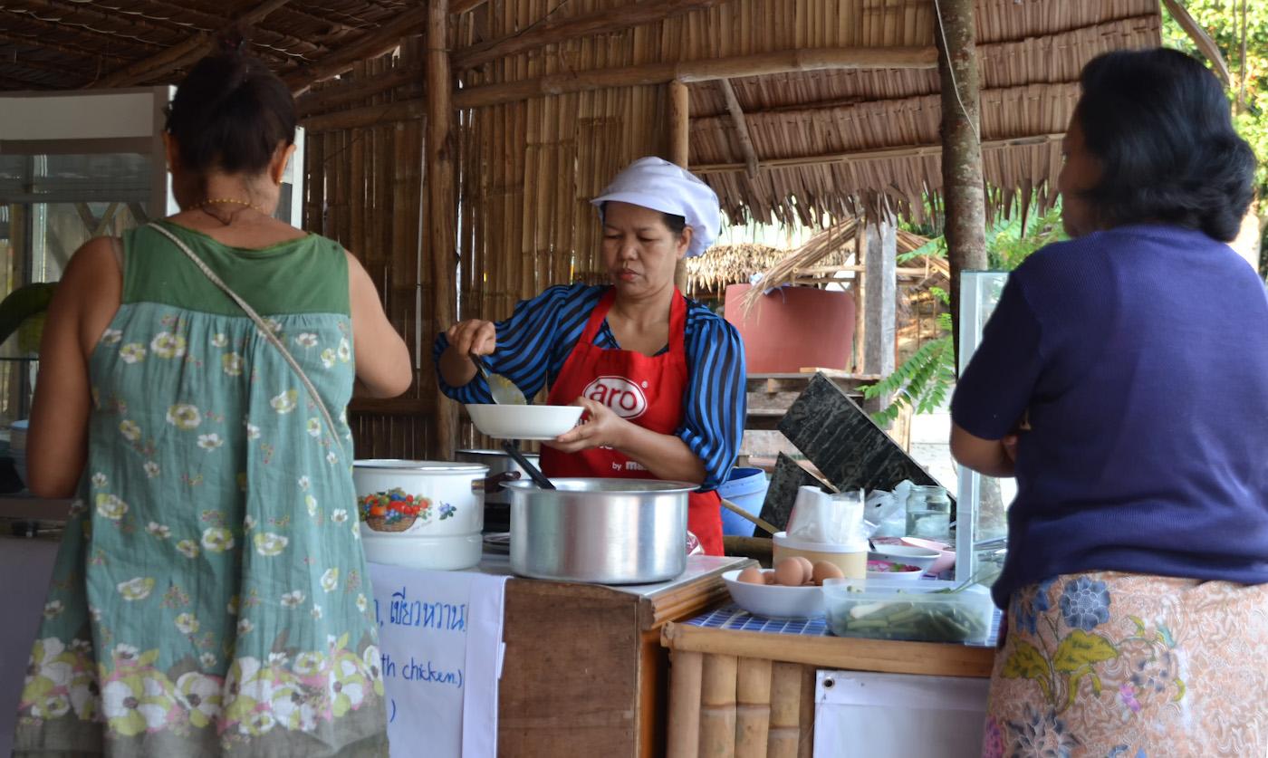 Фото 18. В кафе на острове Ко Липе. Чем питаться на отдыхе в Таиланде. 1/100, 5.0, 400, 55.
