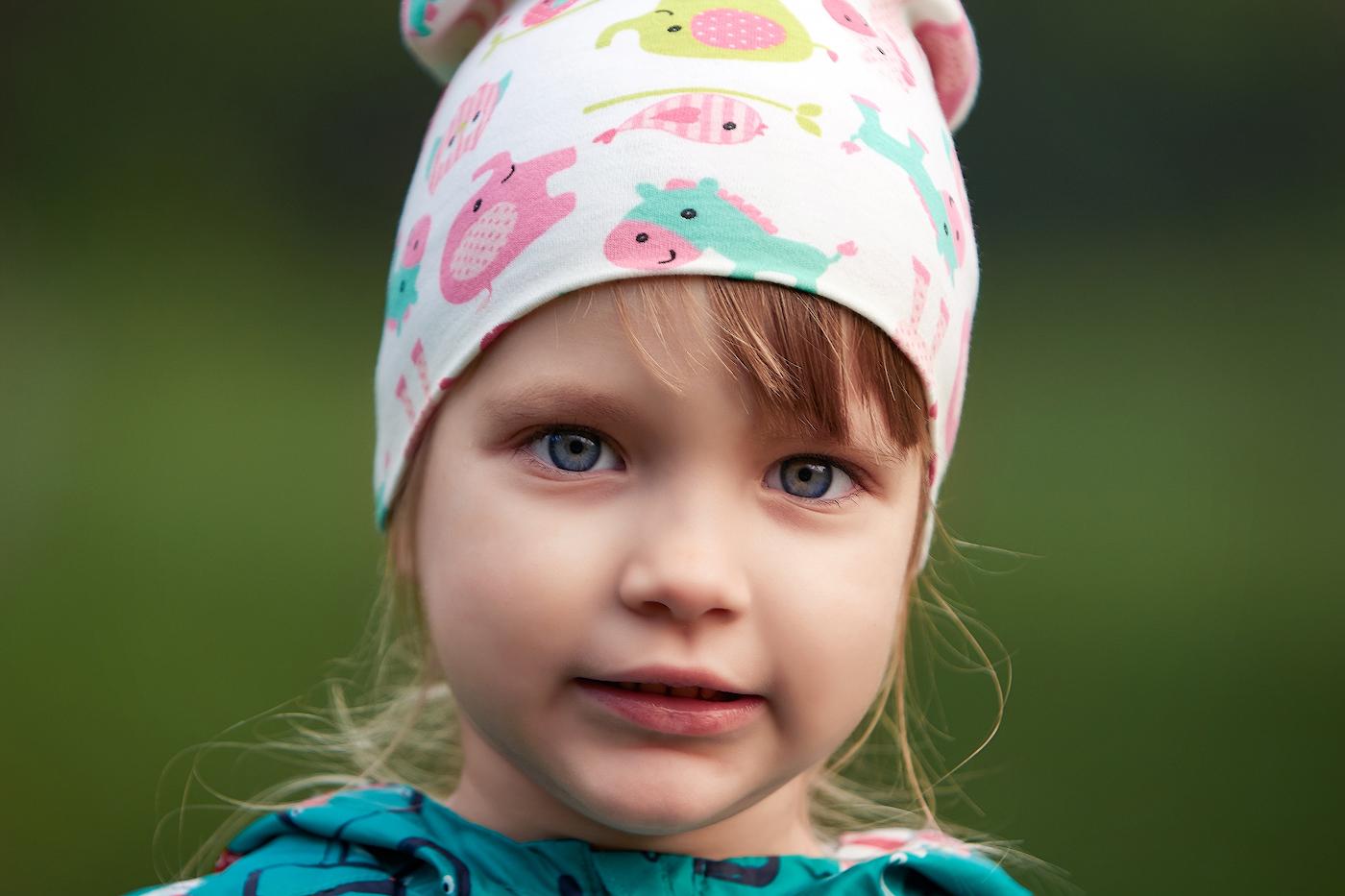 33. Пример портрета, снятого на телезум Nikon 80-200mm f/2.8 MKIV, установленном на тушку Nikon D7100, параметры матрицы которого сходны с Nikon D5600. Настройки: В=1/250, f/2.8, ISO 125, ФР=135 мм.