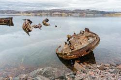 Primery fotografii na Sony A6000 KIT 16-50mm f 3 5-5 6 v ispolnenii S Lakhardova otzyv o progulke po beregu Barentseva moria v poselke Teriberka Murmanskoi oblasti.