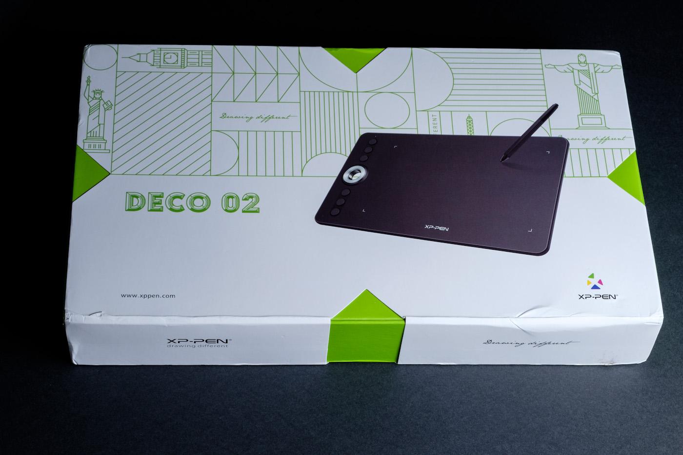 Фото 1. Коробка, в которой пришел из Китая мой графический планшет XP-PEN Deco 02. Обзор и настройки рассмотрим в этой статье. 1/180, 11.0, 200, 55.