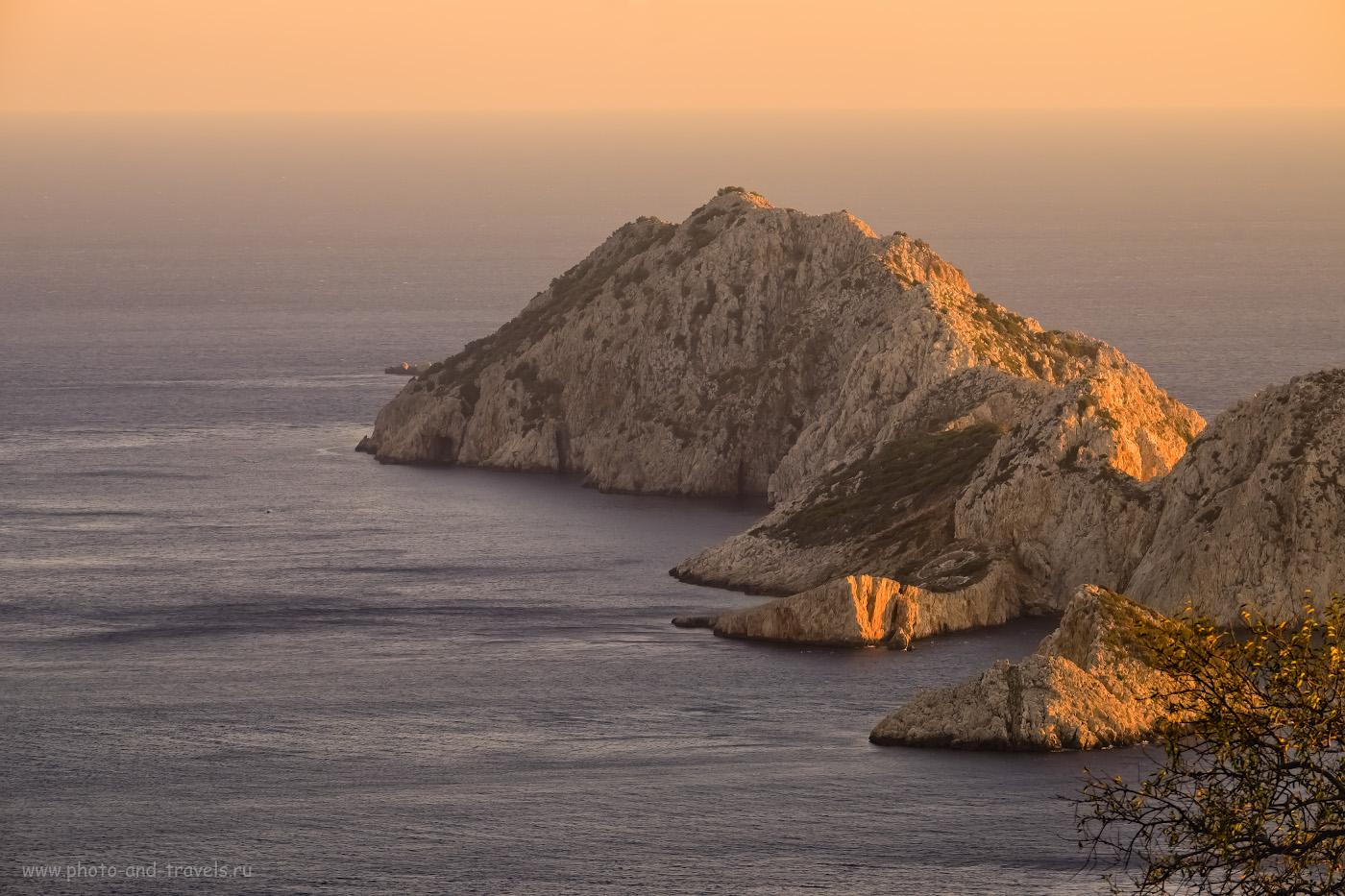 Фотография 19. Остров Devecitaşı Island – один из пяти группы Beş Adalar. Виды с маяка Гелидония. 1/250, 9.0, 640, -0.67, 134.