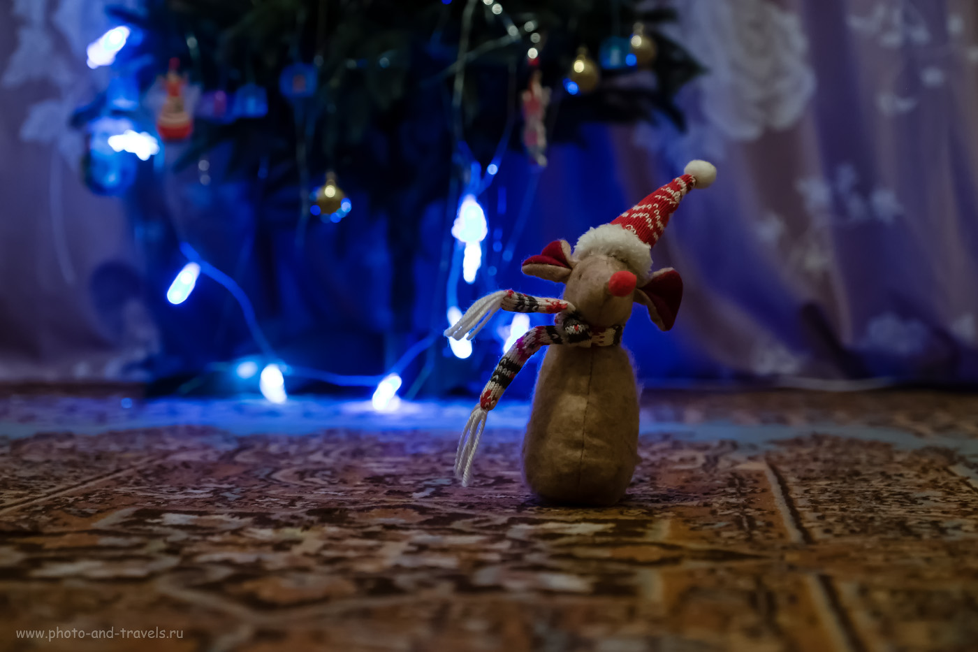 Фото 17. Если я не использую внешнюю вспышку, то от гирлянды на елке возникает волшебное свечение.