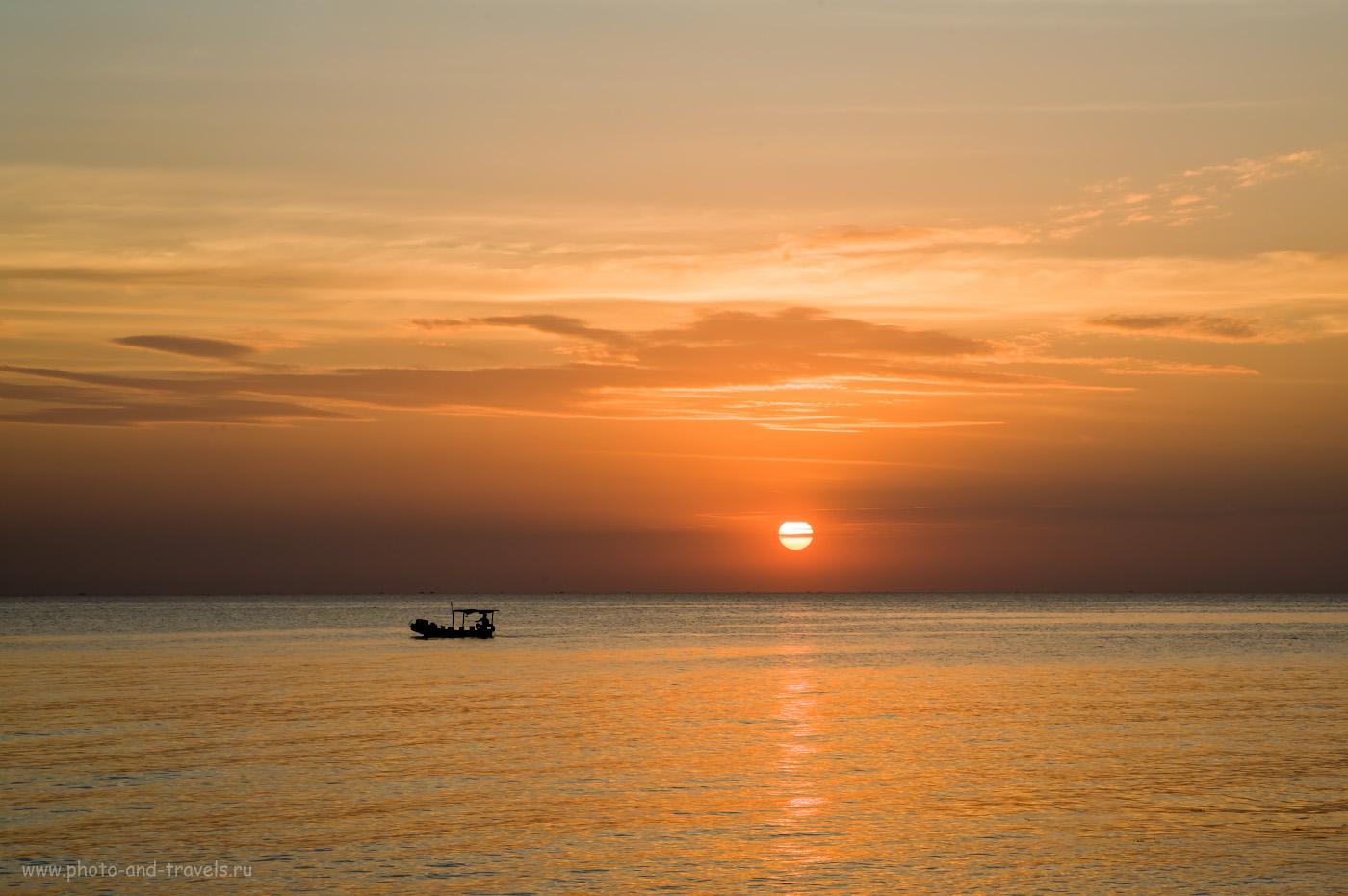 Фото 14. Вечерняя рыбалка у пляжа Онг Ланг. Красивые закаты на Фукуоке. 1/50, 16.0, 100, 80.