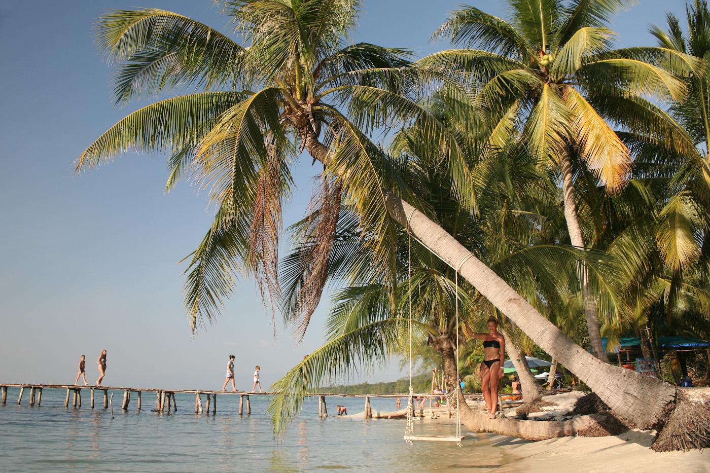 Фотография 16. Мостик на Пляже с морскими звёздами (BaiRach Vem (Starfish Beach)). 1/400, 7.1, 400, 80.