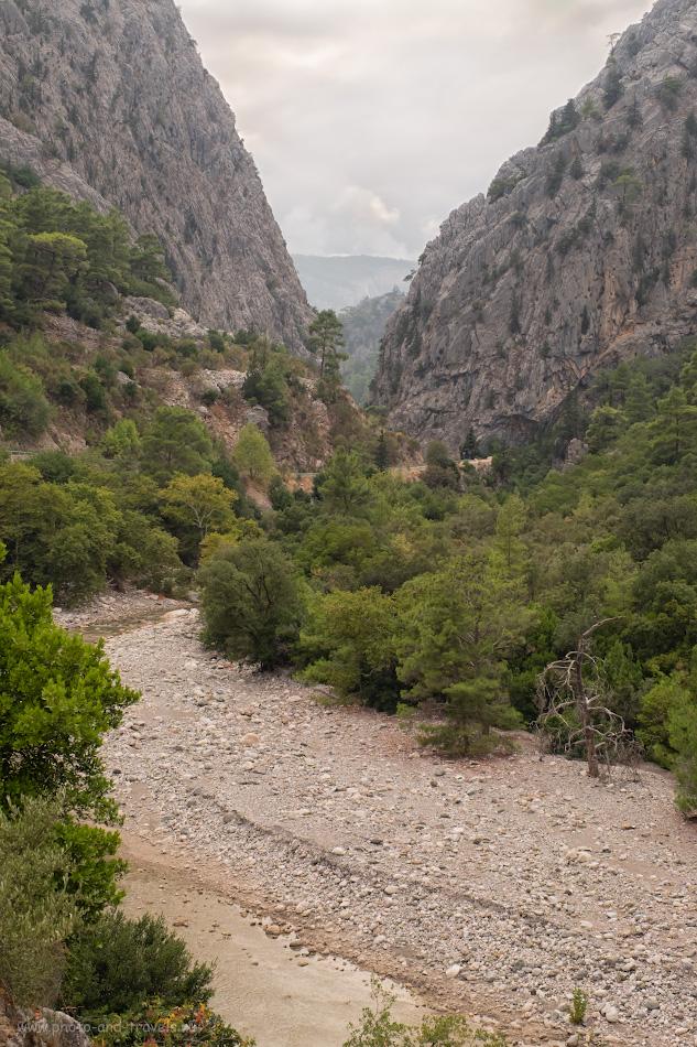 6. Ущелье реки Куздере в горах рядом с Кемером. Такая красота встретит вас по пути к мосту Кесме (Kesme Boğazı). 1/240, 5.6, 200, -0.67, 34.