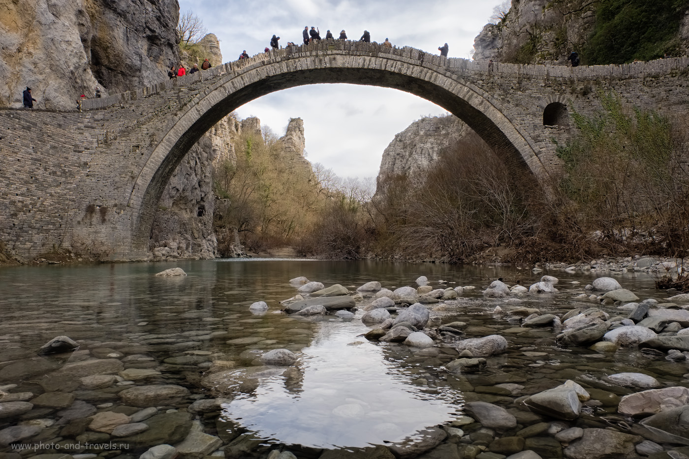 28. Так выглядит каменный мост Коккорос (Kokkoros) в Греции. Согласитесь, что похож на Кесме до реставрации? 1/60, 11.0, 200, -1.67, 16.