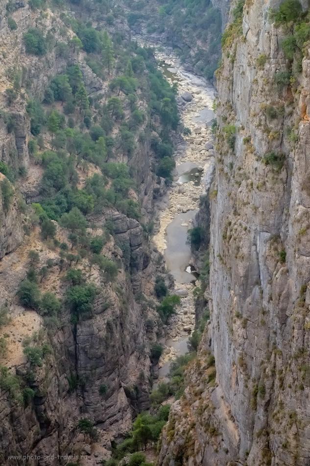14. Река Кёпрючай на дне каньона Тазы. Какие природные достопримечательности посмотреть рядом с Анталией? Снято на Fuji X-T10 с телеобъективом Fujifilm 50-200mm f/3.5-4.8. Настройки: 1/140, 9.0, 3200, +0.33, 81.