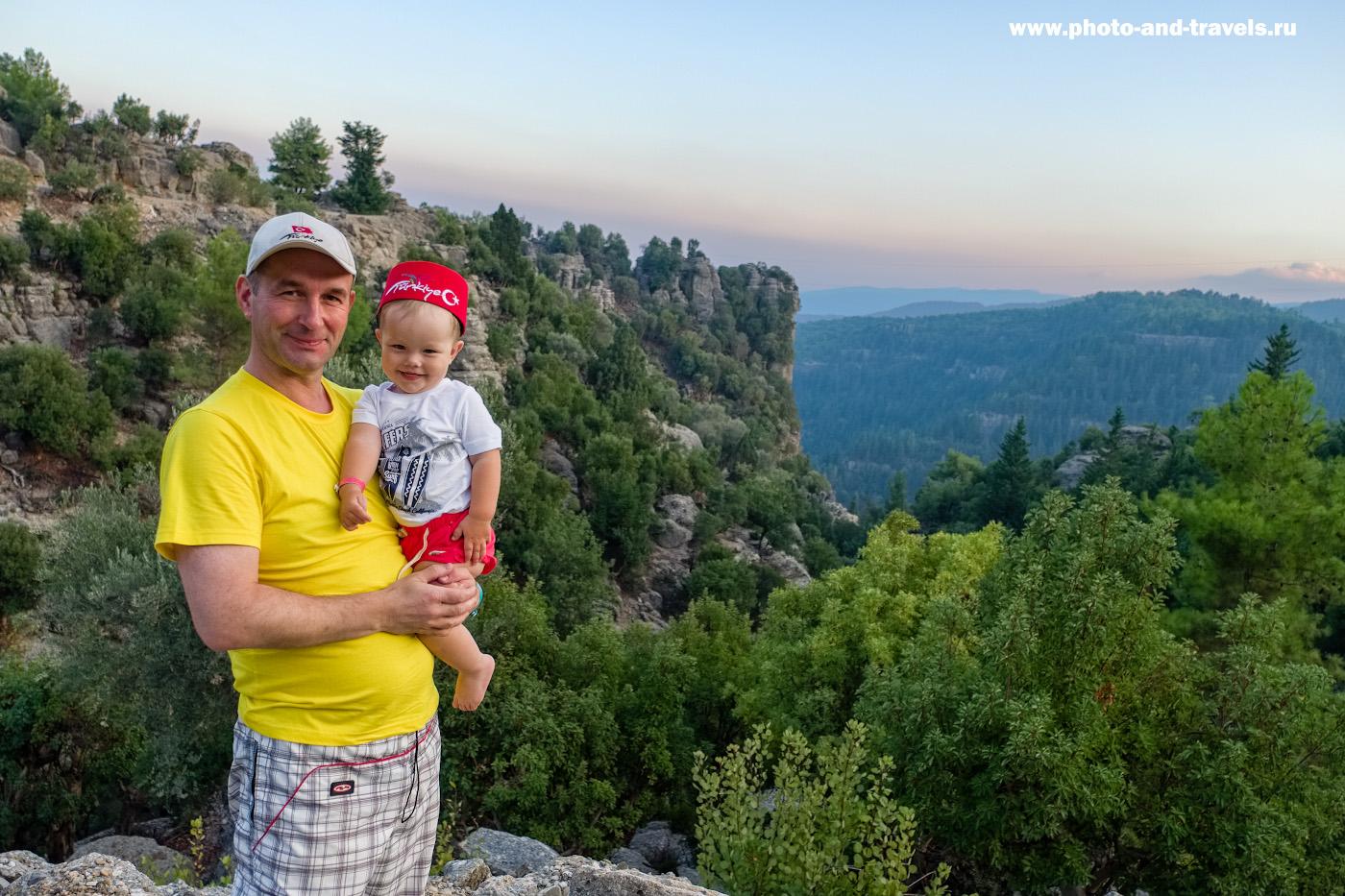 3. Когда сыну исполнилось 1 год и 3 месяца, мы отправились в путешествие в Турцию. Здесь мини-рисоварка нам бы не помешала. Снято на беззеркалку Фуджи Х-Т10 с объективом Фуджинон 16-55/2,8. Параметры: 1/420, 2.8, 200, -0.33, 16.