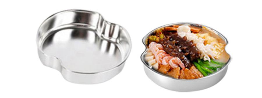 Пример исполнения кастрюли для готовки блюд на пару. Отверстия нужны для циркуляции паровых потоков.