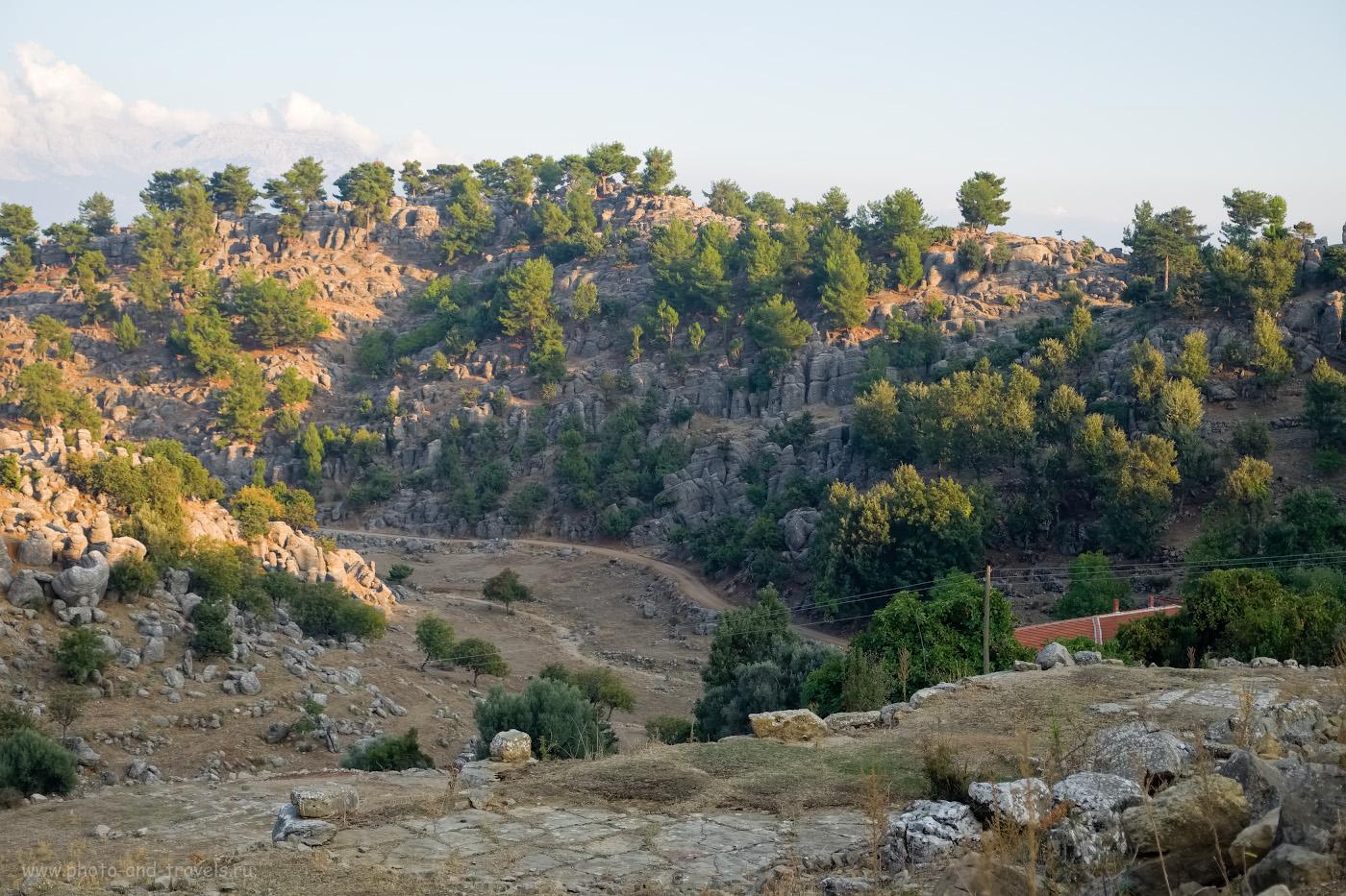 Фото 14. Потрясающая красота. Место, куда обязательно нужно отправиться в пеший поход с палатками или в велосипедный поход. Отзывы туристов о самостоятельном осмотре достопримечательностей Турции. В этом месте я должен был «залезть туда». 1/750, 2.8, 200, -0.33, 35.