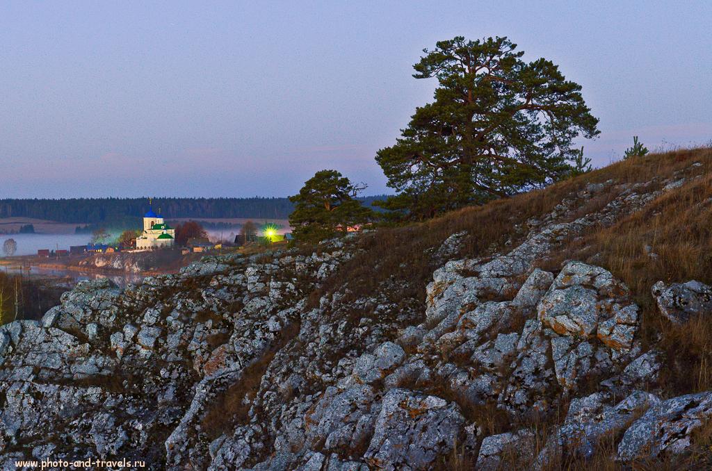 22. Панорама из 8-ми кадров, снятых на зеркалку Nikon D5100 с репортажным зумом Nikon 17-55mm f/2.8 (настройки: F/8, ФР=38 мм, t=30 секунд, ISO 100). Вид на храм в селе Слобода.