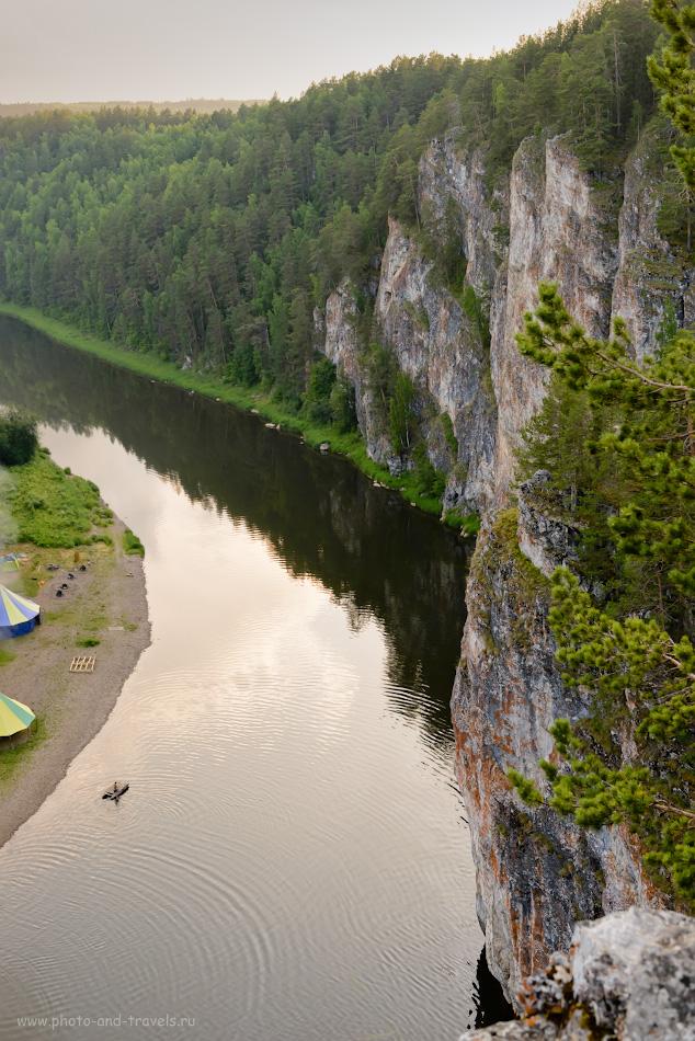 Фото 16. Сплав по реке Чусовая. Вид со скалы Омутной камень. 1/100, 8.0, 640, 45.