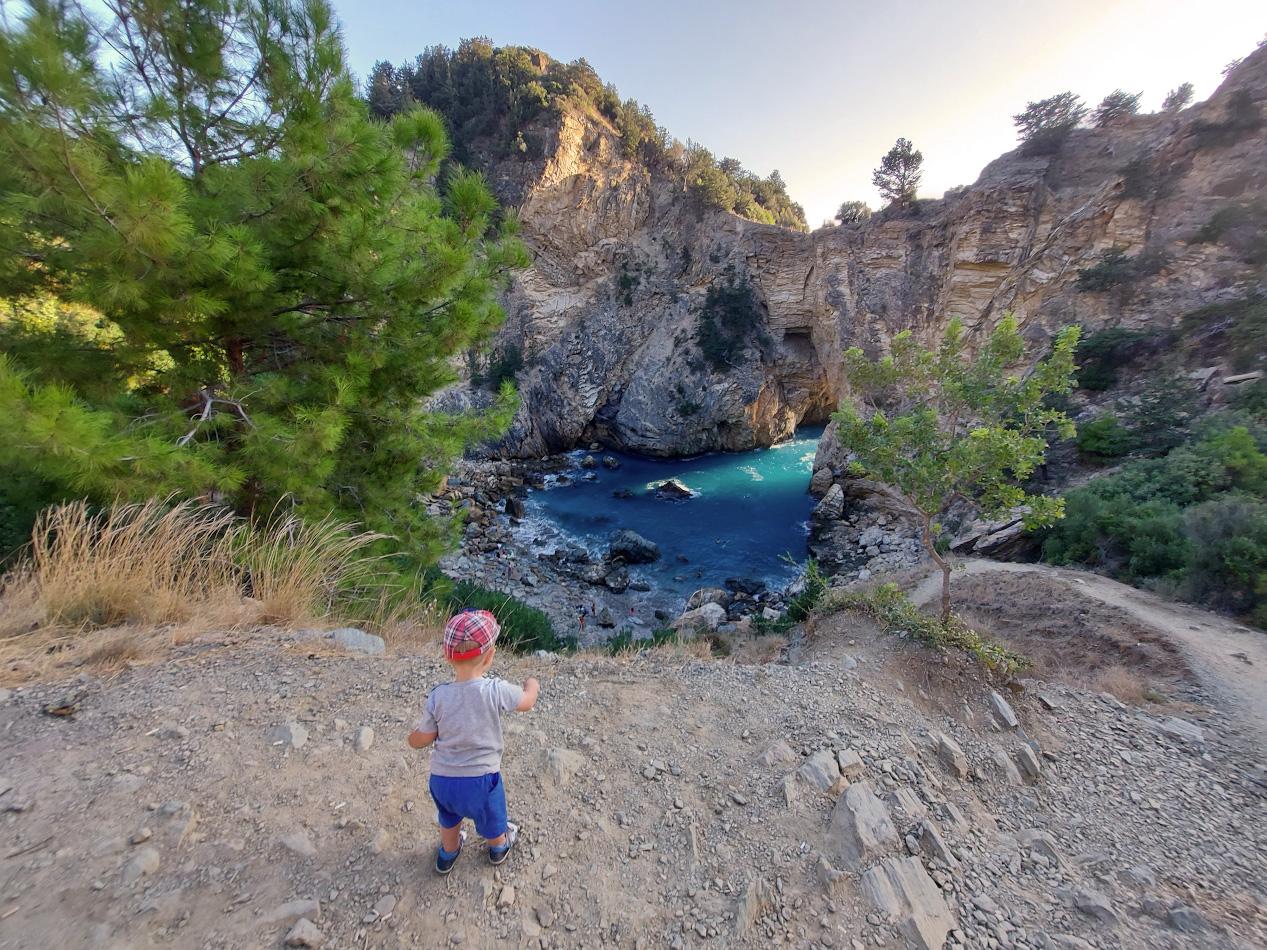 Фото 15. Отзыв об экскурсии в бухту Делик Дениз (Delik DenizveKralYolu) с маленьким ребенком. Какие интересные места посетить на машине, отдыхая в Алании.