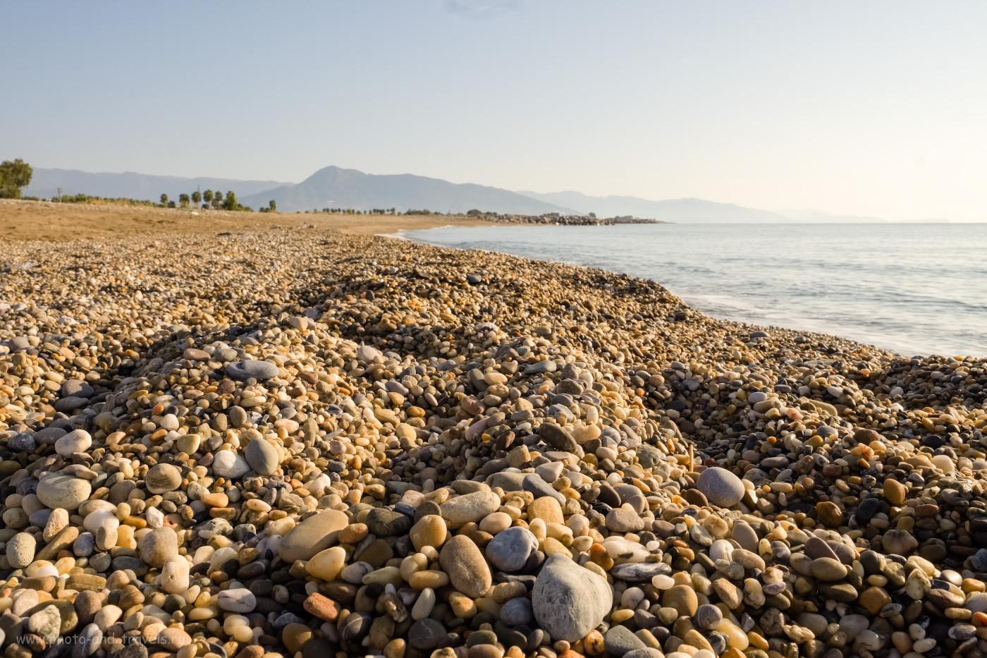 Фотография 20. Пляж в Анамуре галечный, очень чистый. Отчет о путешествии по Турции по нестандартным местам. 1/140, 16.0, 200, -0.33, 19.