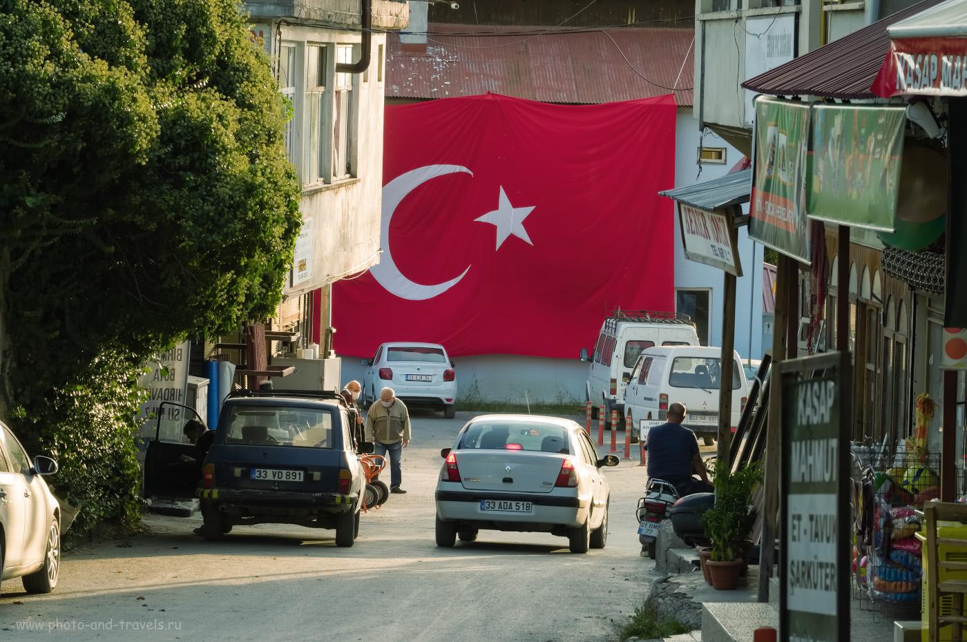 Фотография 7. Вечер в центре городка Чамлыяйла. Как мы взяли в аренду автомобиль и путешествовали по малоизвестным местам Турции. 1/60, 11.0, 400, -0.67, 110.