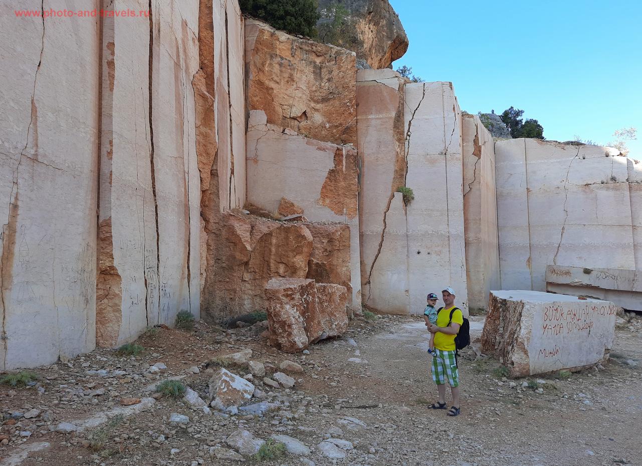 5. Приехав в село Чёмелек (Çömelek), туристы могут посетить мраморный карьер. Как мы искали одну из красивейших достопримечательностей провинции Мерсин в Турции.