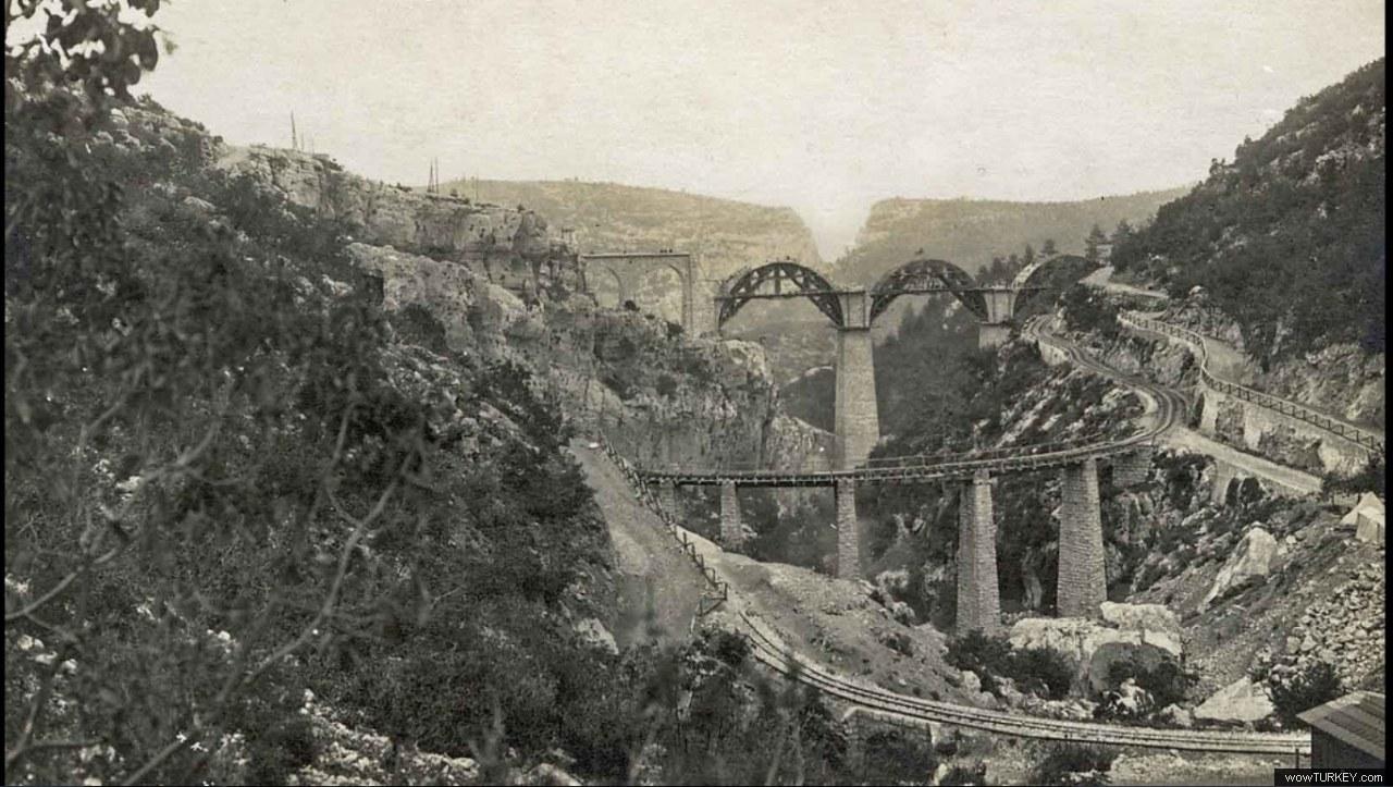 20. Вид арки виадука Варда в 1912 году.