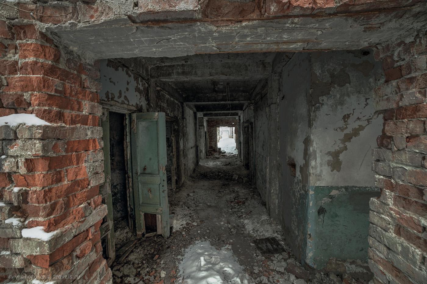 Фотография 25. Здание Дворца культуры хорошо бы подошло для съемок фильмов ужасов. HDR из 3-х кадров.