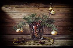 Fotografiruem novogodnii natiurmort pri estestvennom svete ot okna Skhema postanovki svetotenevogo risunka Sravnenie kartinki s Nikon 17-55mm f 2 8 i Samyang 14mm f 2 8 na KROPe.
