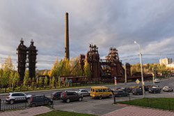 Eshhe odin ob#ekt dlja urbantripa – zabroshennyj metallurgicheskij zavod v Nizhnem Tagile. My poehali tuda posle poseshhenija vystavki vooruzhenij Russia Arms Expo – 2015.